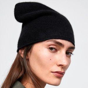 NWT Zara 100% Cashmere Beanie - Black